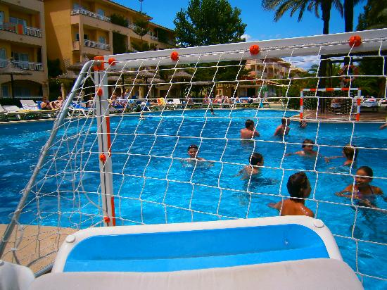Prinsotel La Dorada: Water Polo Fun