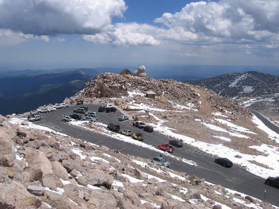 Mount Evans Scenic Byway: parking at top