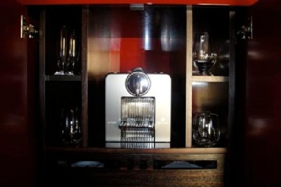 Buddha-Bar Hotel Prague: Nespresso machine!
