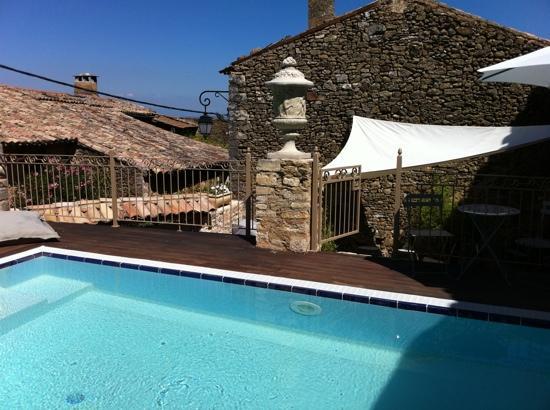 Saint-Christol-de-Rodieres, France : pool