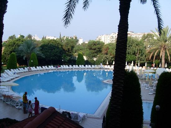 Febeach Hotel Side: la piscine