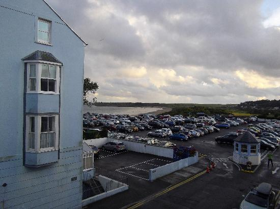 Farnham Hotel: Car park and another sea view