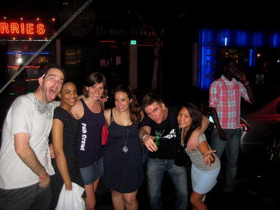 Pub Crawl Shanghai: Crawling to next bar!