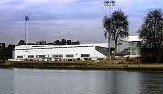 Craven Cottage: Riverside Stand