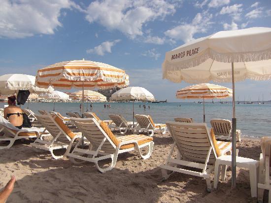 """La Caravelle: uno scorcio della spiaggia """"Marco Plage"""""""