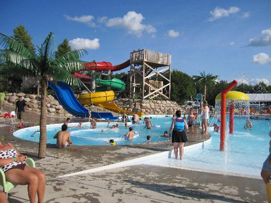 Fredericton, Canada: Water slides at the park