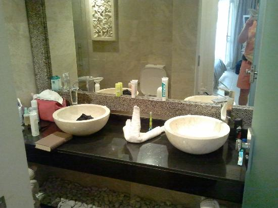 Flamingo Beach Mate: Bathroom