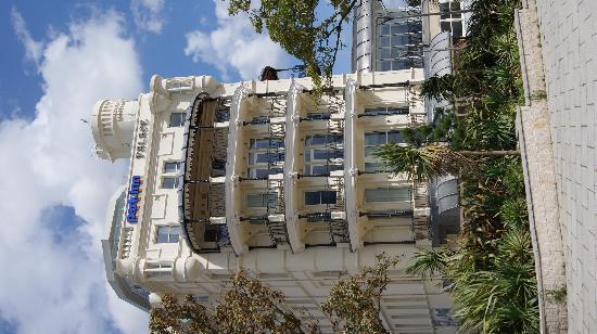 Park Inn by Radisson Palace Southend-on-Sea: Building