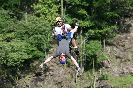 Playas del Coco, Costa Rica: Zip lining during the canopy tour.