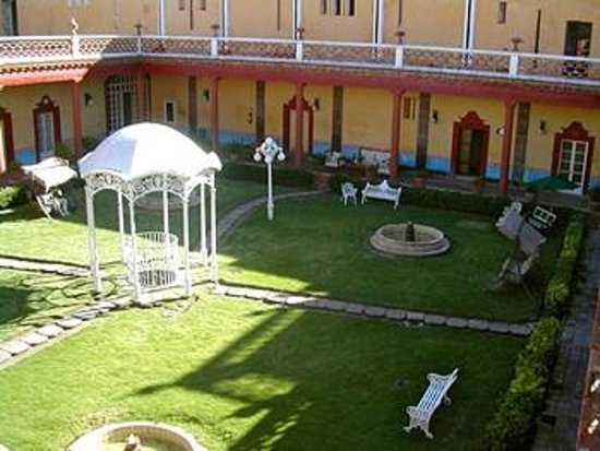Hacienda San Miguel Ometusco : patio