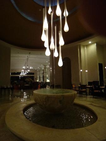Secrets Maroma Beach Riviera Cancun: hotel lobby 2