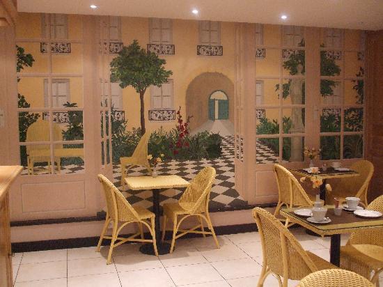 Best Western Paris Italie: Hotel Dining Area