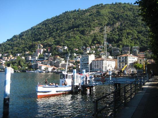 In Riva al Lago Bed & Breakfast : como is ridiculously beautiful when the sun is out