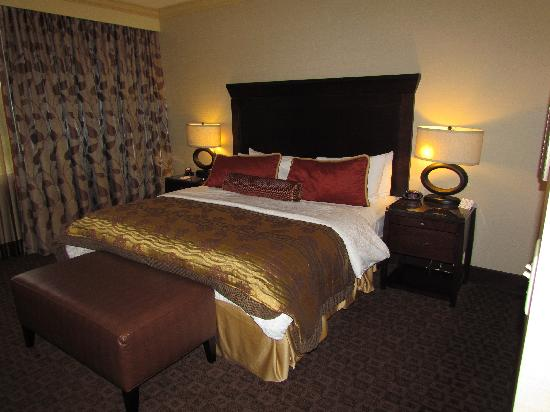 Hawthorn Suites by Wyndham West Palm Beach: great bed