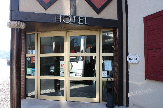 Hotel Ariane: エントランス