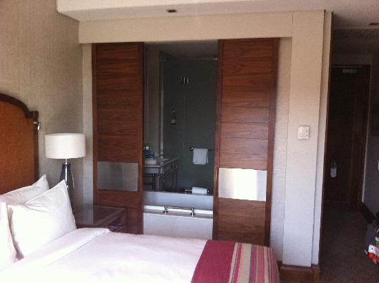 Southern Sun Montecasino: The Room