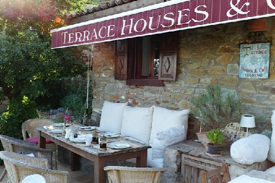 Terras Evler - Terrace Houses Sirince: Lovely place to enjoy breakfast
