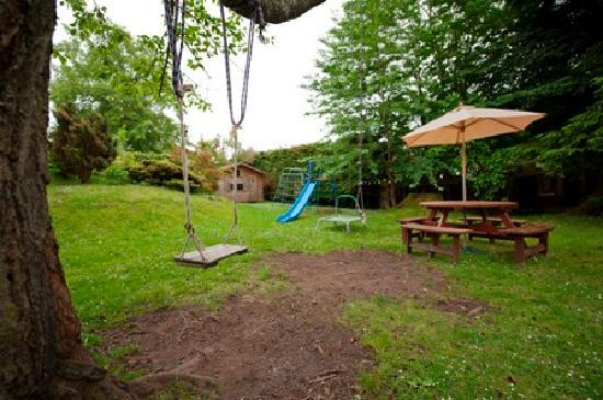 Ardenbeg Bunkhouse: Playground for children