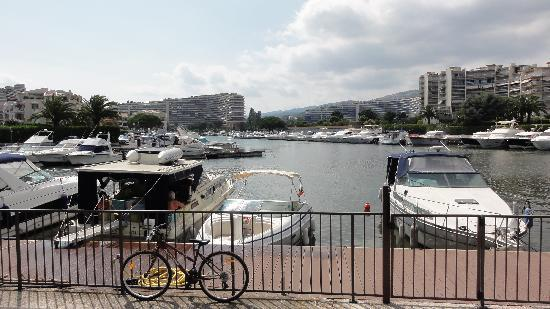 Residence Carre Marine : Waterkant
