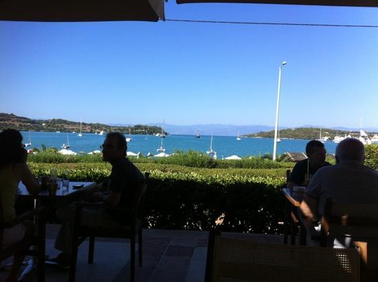 Nautica Bay Hotel : the view from breakfast area