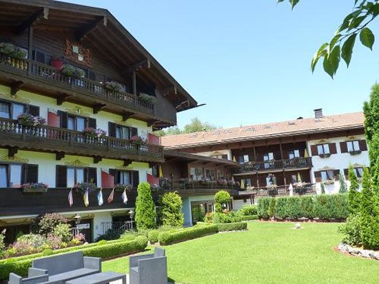 Bad Wiessee, Germany: Hotel and garden