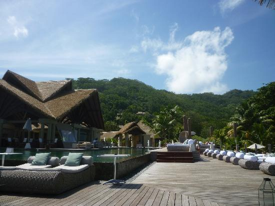 Le Domaine de L'Orangeraie Resort and Spa: la piscine