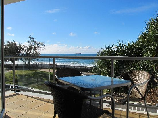 Rolling Surf Resort: Balcony overlooking at Kings Beach views forever