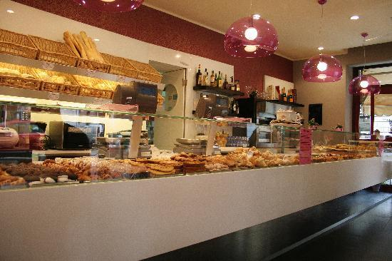 Piccolo Hotel: The patisserie on the same street - just wonderful