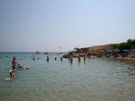 Malama Beach Holiday Village : La mer turquoise