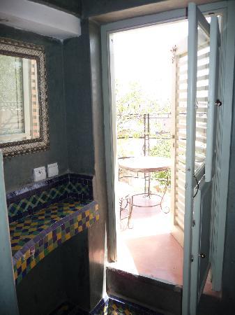 Riad Moullaoud: Terraza vista desde el baño de la habitación Sud Express
