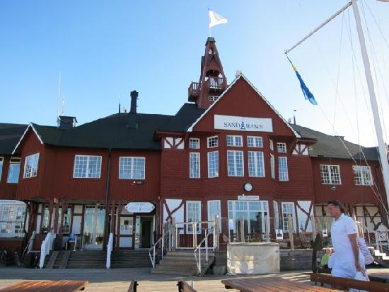 The Sandhamn Yacht Hotel: Great location on the island.