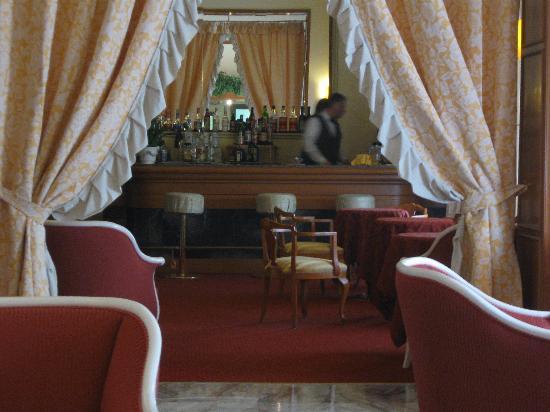 Grand Hotel Porro: sala bar