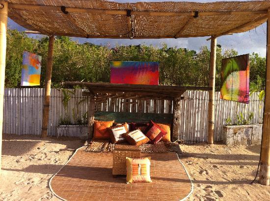 El Kabron Spanish Restaurant & Cliff Club: private romantic seats