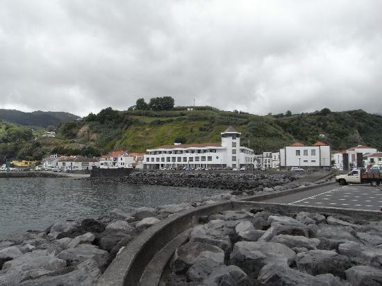 Povoacao, Portugal: Blick von der Hafenmole