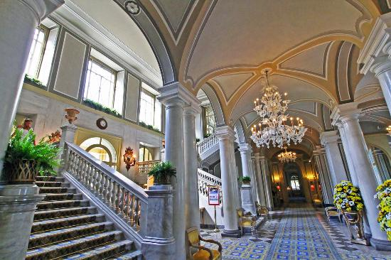 Die eindrucksvolle Halle - Foto di Villa d\'Este, Cernobbio - TripAdvisor