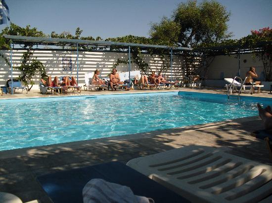 Hotel Rivari: piscina