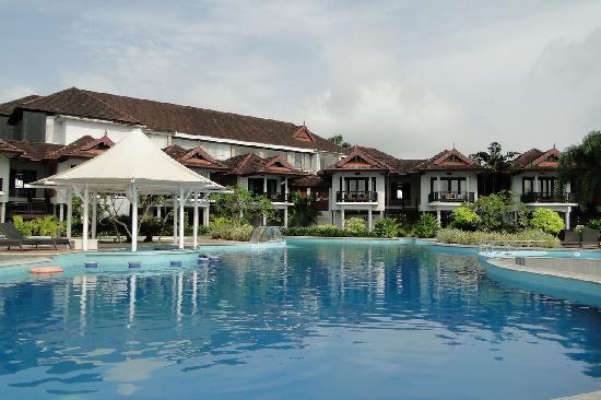 Pool Picture Of Ramada Resort Cochin Kumbalam Tripadvisor