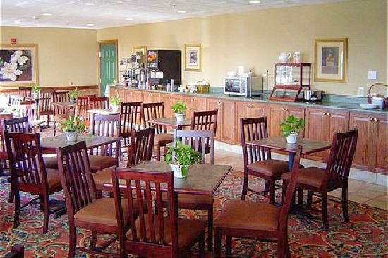Country Inn & Suites Aiken: Breakfast Room