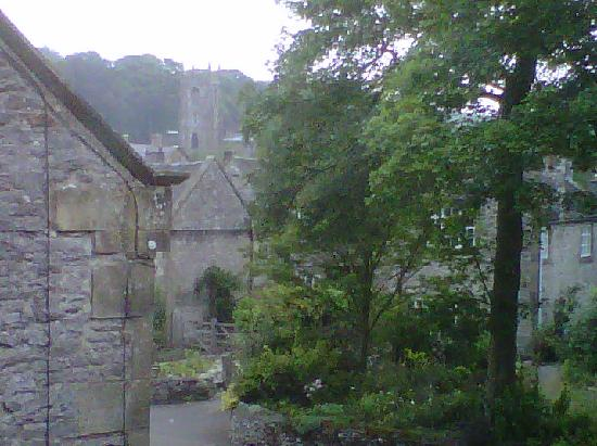 Hartington, UK: View from bedroon window.