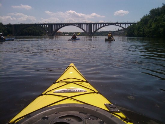 Above the Falls Sports: Paddling between Mpls & StP
