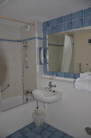 Campanile Zevenaar - Arnhem : Bathroom