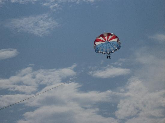 Dockside Watersports & Parasailing: Flying High