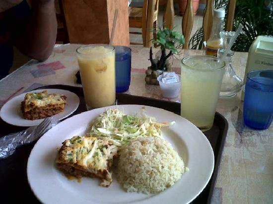 Las Tablas, Panama: restaurante-- lunch time- hotel Piamonte