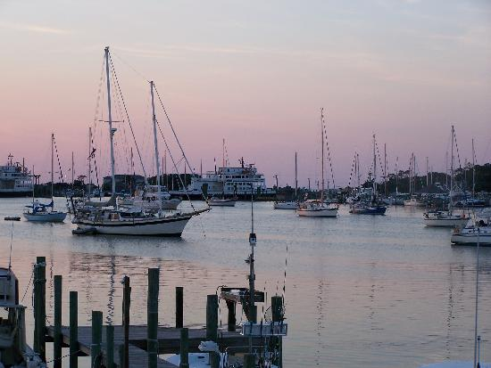 ‪‪Ocracoke Harbor Inn‬: sunset‬