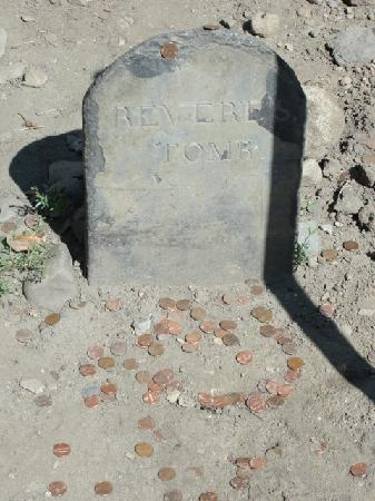 Freedom Trail: Pennies on Paul Revere's grave