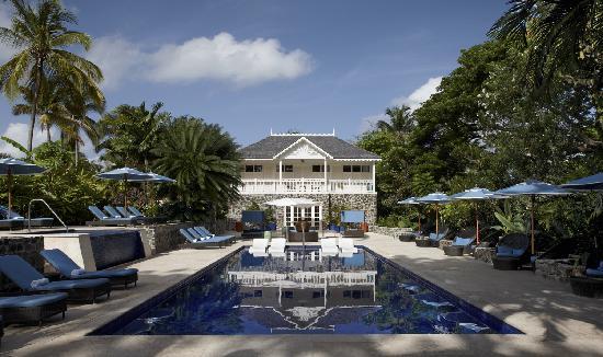 Rendezvous Resort: The Spa in the Water Garden