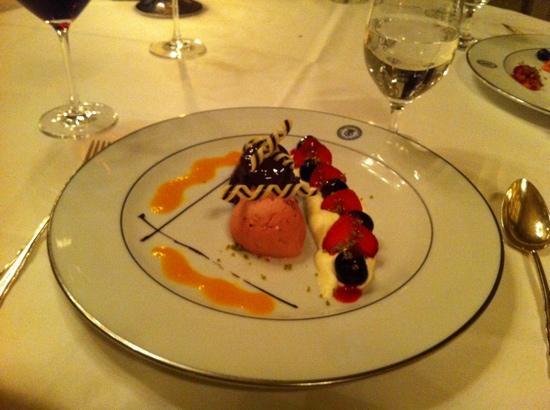 Restaurant Sèvres im Grandhotel Hessischer Hof: Desert