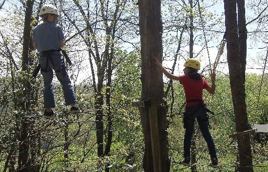 Earthshine Discovery Center: Fun on the high-ropes course