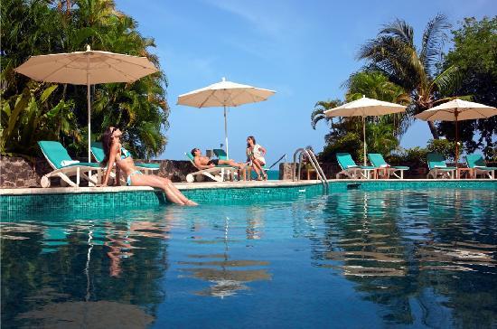 BodyHoliday Saint Lucia: Main pool