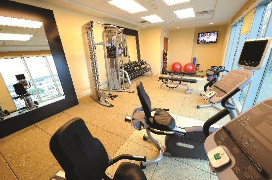 Embassy Suites by Hilton Houston Downtown: Fitness Center open 24 hours
